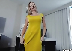 Jenna took stepsons cock in her mouth