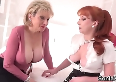 Unfaithful english mature lady sonia displays her monster puppies