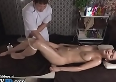 Japanese massage sex with beautiful babe