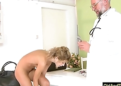 Older doctor force sexy blonde to have oral sex