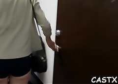 Gal enjoys dirty fucking with a tricky agent at a casting